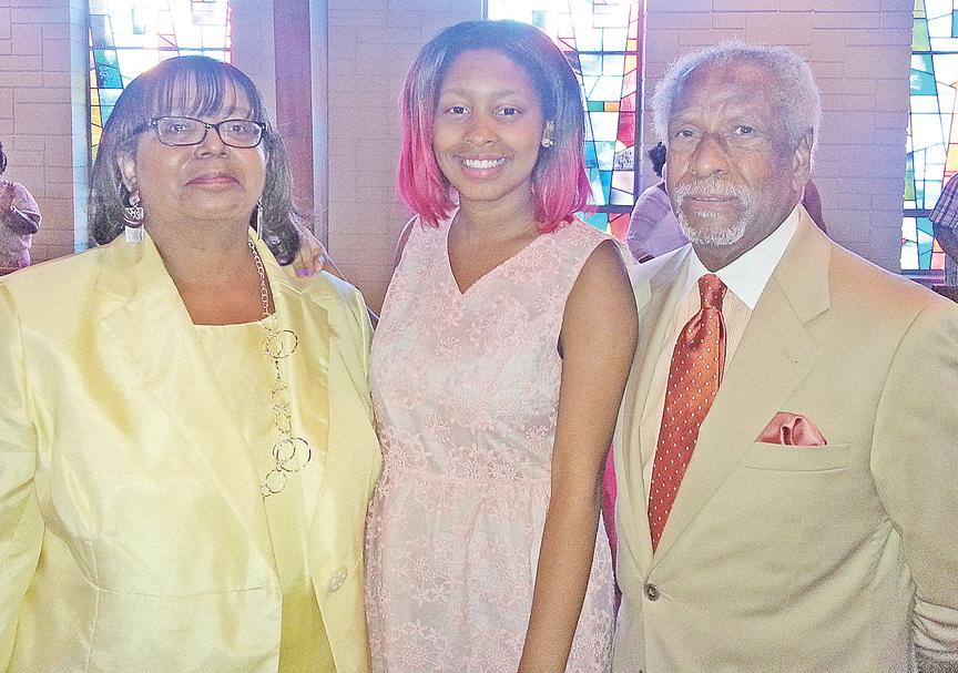 PRESENTATION from left: Deaconess Pandora Lewis, Zoe´ Jones, and Reginald Davis.